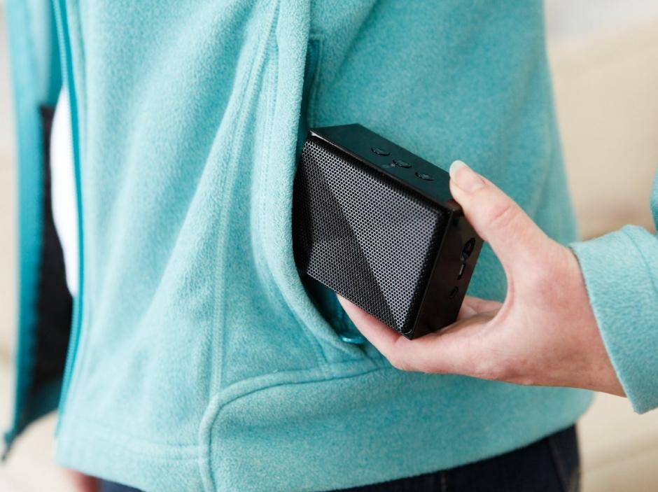 AmazonBasics Mini Ultra Portable Bluetooth Speaker